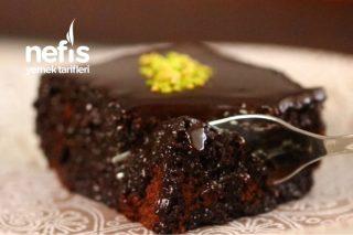 Sosu Efsane Çikolatalı Islak Kek Tarifi