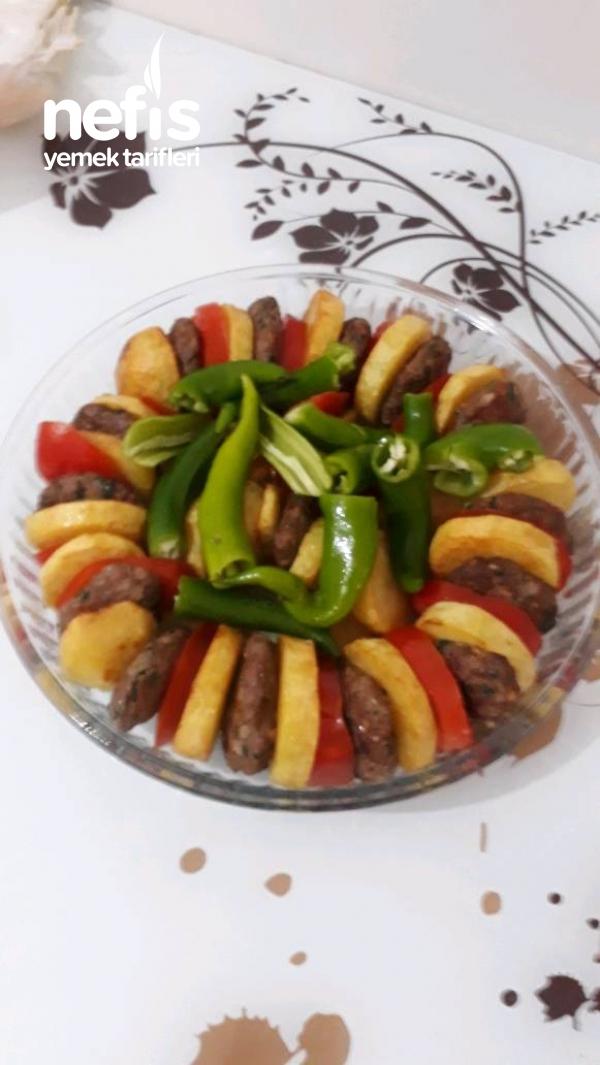 Mikrodalgada Köfte Patates Dizmesi