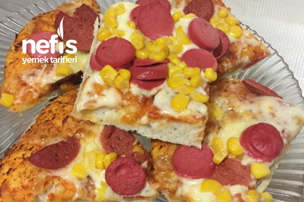 Ekmek Hamuruyla Pizza Tarifi