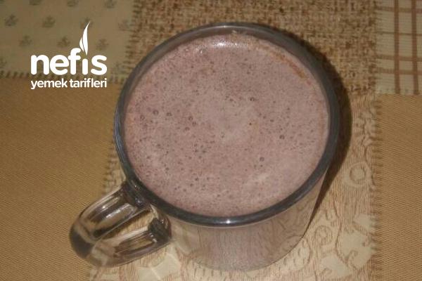 Ev Yapımı Kakaolu Süt Tarifi
