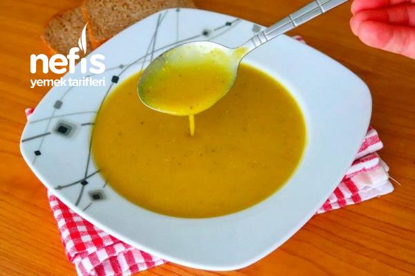 Lokanta Usulü Kiramızı Mercimek Çorbası