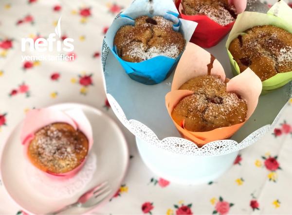 Çilekli Cupcake (Yumuşacık Topkek)