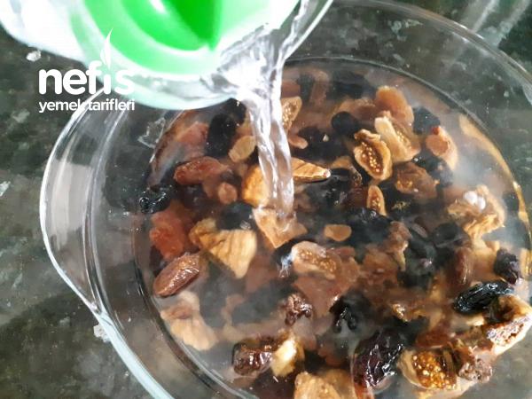 Emziren Annelere Süt Yapan Şekersiz Komposto