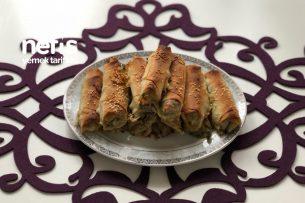 Ispanaklı Börek (El Açması Zannedilecek) Tarifi