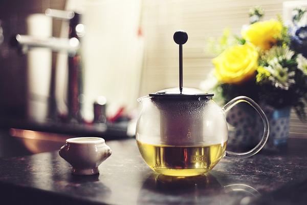 french press bitki çayı