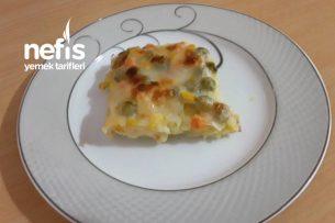 Garnitürlü Ve Beşamel Soslu Fırında Patates (Mutlaka Deneyin Süper Bir Tarif) Tarifi
