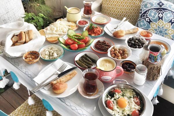 izmir kahvaltı mekanları