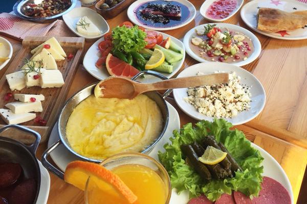 izmir'de kahvaltı