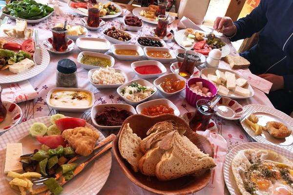 kaz dağları çakır kahvaltı evi