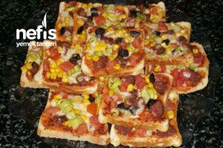 Mini Pizza (Kahvaltılık) Tarifi