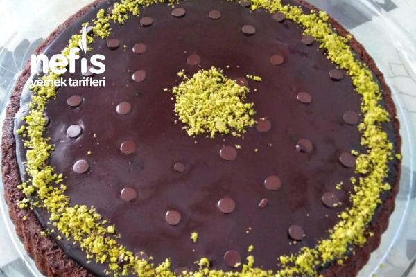Çikolata Soslu Tart Tarifi