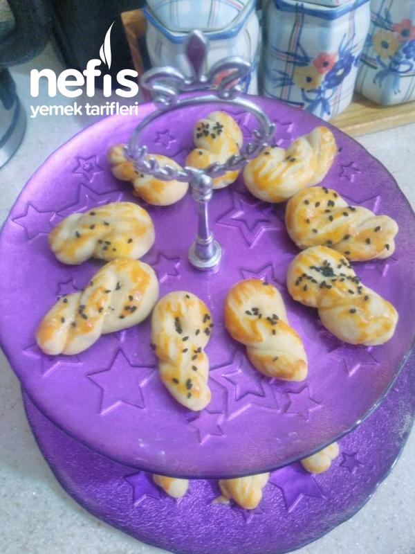 Kıyır Kıyır  pastane kurabiye tadında Mahlepli Kurabiye (yedikce Yediren Bir Tarif)