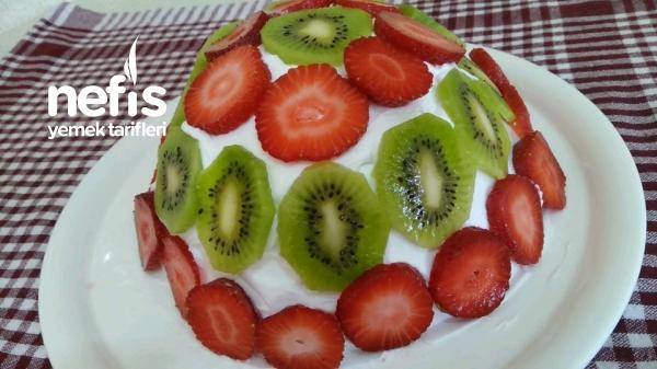 5 Dakikada Pratik Kömbet Pasta (videolu)