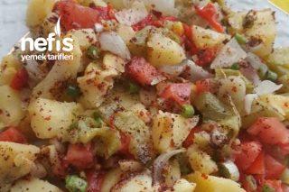 Fırınlanmış Sebzelerle Enfes Salata Tarifi