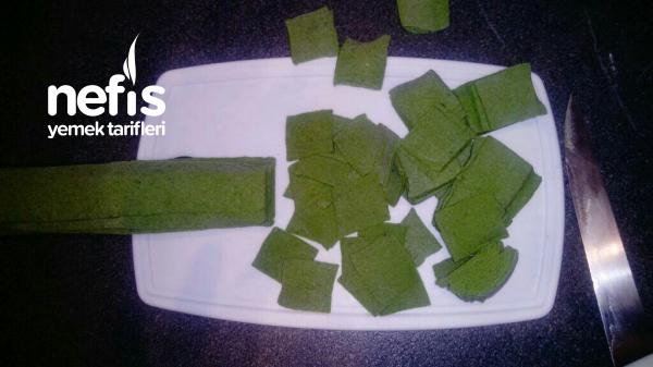 Yeşil Renkli Mantı