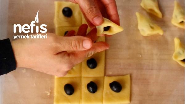 Zeytinli Ve Peynirli Kıyır Kıyır Pastane Tuzluları
