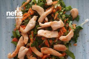 Tavuklu Diyet Salata Tarifi