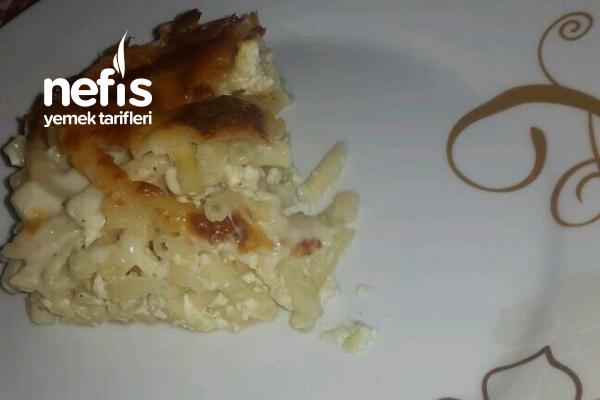 Fırında Peynir Soslu Baharatlı Makarna (Çok Seveceksiniz) Tarifi