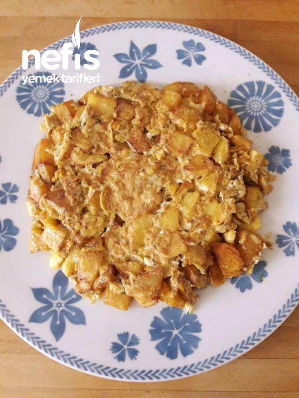 Patatesli Ve Baharatlı Omlet