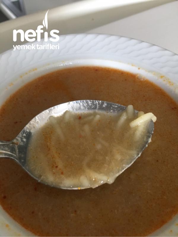 Tavuklu Soğan Çorbası ( Tel Şehriyeli ) – Tercihen