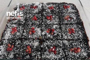 Çikolata Soslu İrmik Helvası Tarifi