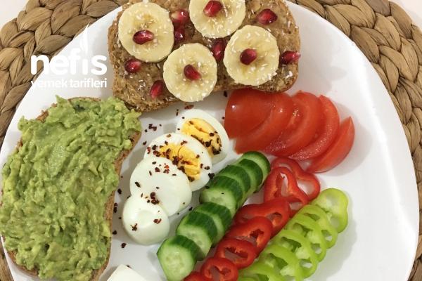 Doyurucu Renkli Sağlıklı Kahvaltı Menü Tabağı Tarifi