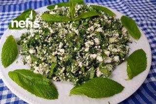 Kahvaltılık Lor Peyniri Salatası Tarifi