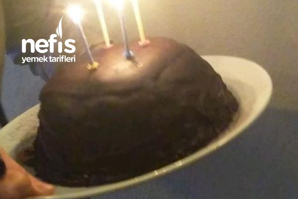 Petibörlü Kolay Doğum Günü Pastası Tarifi