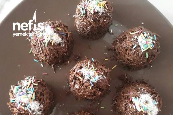 Sadece 2 Malzemeli Enfes Çikolatalı Kadayıf Topları Tarifi