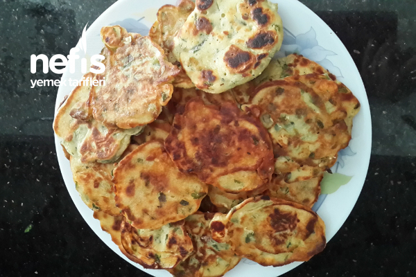 Kahvaltılık Küçük Börekler Tarifi