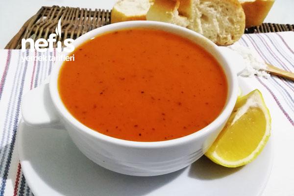 Salçalı Un Çorbası