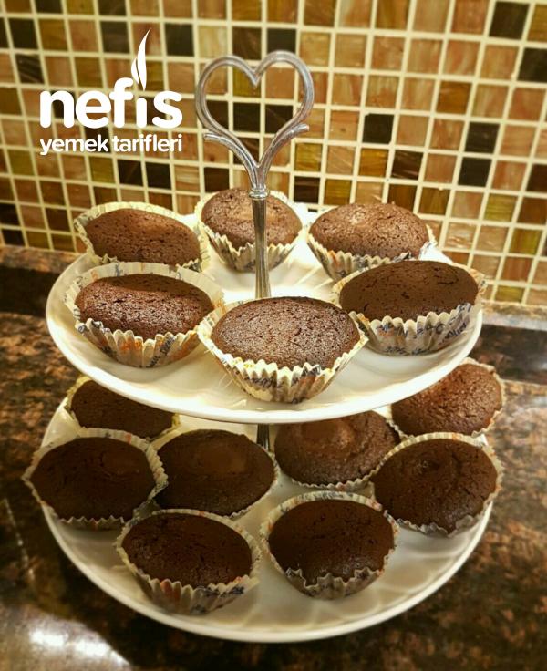 Sürpriz Muffin (Hindistan Cevizli)