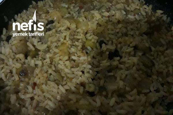 Patlıcanlı İç Pilav Tarifi