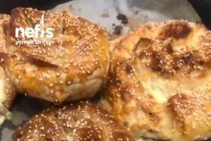 5 Dakikada Çıtır Börek (Haşhaşlı Ve Peynirli) Tarifi