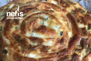 Sosunda Kabartma Tozu Olan Peynirli Dolama Börek Tarifi