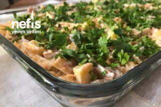 Kızarmış Ekmek Salatası (Çok Beğenilen) Tarifi