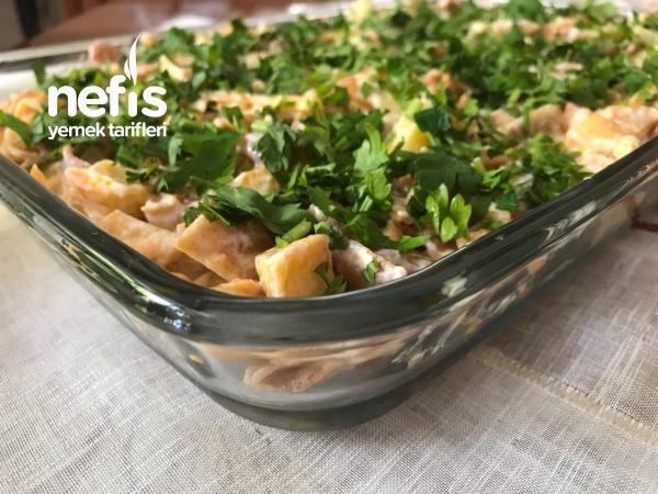 Kızarmış Ekmek Salatası(çok Beğenilen)