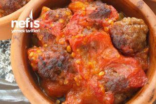 Köfteli Patlıcan Kapama Tarifi