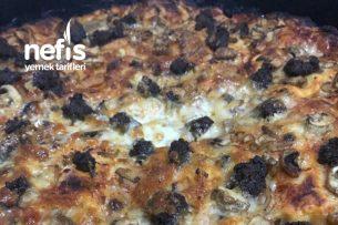 Izgara Tadında Pizza (Ev Yapımı Acısız Mantarlı,Sucuklu,Kaşarlı,Peynirli) Tarifi