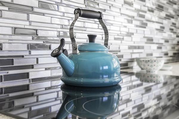 Çaydanlık Kireci Nasıl Temizlenir? En Basit 5 Kesin Çözüm Tarifi