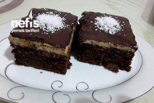 Çikolata Soslu Şerbetli Pudingli Yumuşacık Kek Tarifi
