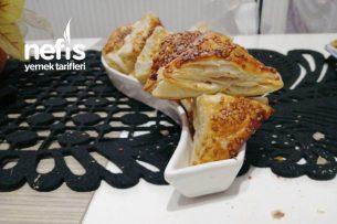 Kahvaltıya Minnoş Üçgen Börekler (Salamlı, Kaşar Peynirli) Tarifi