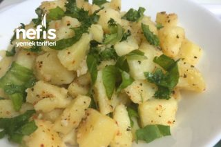 Kuru Reyhanlı Patates Salatası Tarifi
