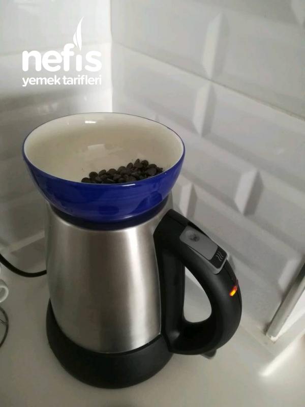 Kahve Aromalı Çikolata Topları