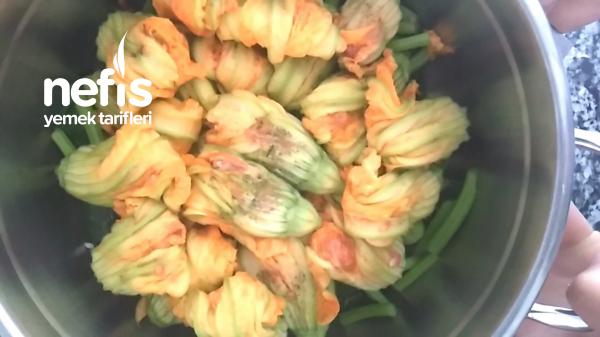 Etli Kabak Çiçeği Dolması
