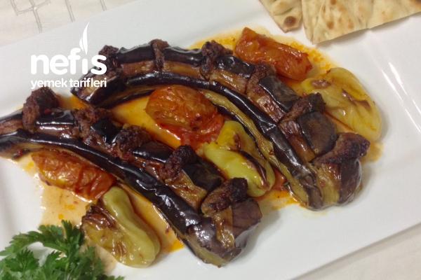 Muhteşem Beli Kırık Patlıcan Kebabı Tarifi