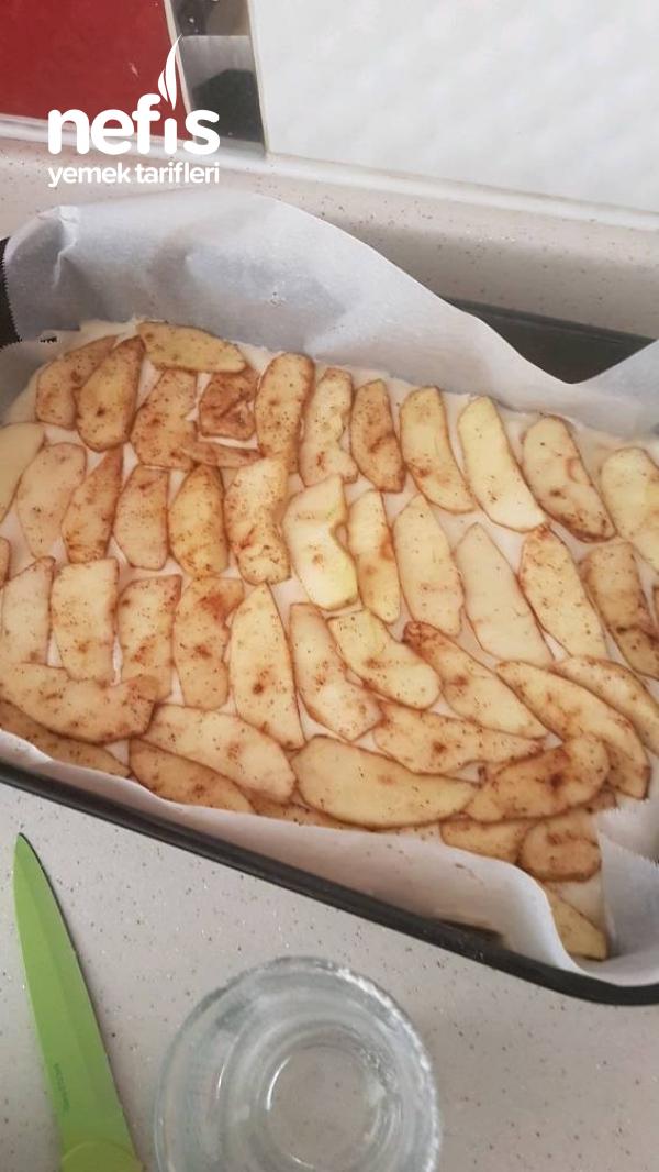 pratik yumusacık elmalı pasta