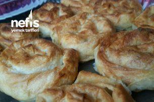 Gül Böreği (Hazır Yufka İle) Tarifi