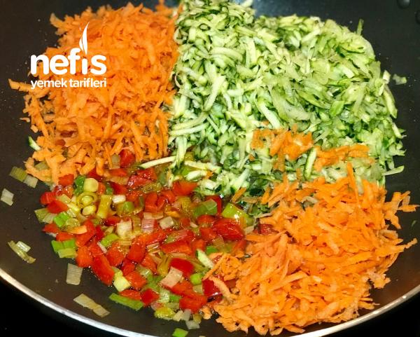 ŞAHANE Lezzeti İle Yoğurtlu Havuçlu Kabak Salatası