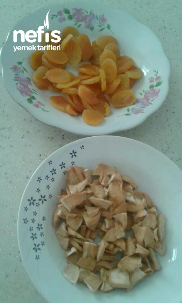 Üzüm Kayısı Elma Hoşafi